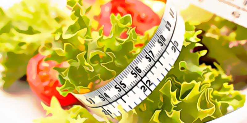 Лист салата, помидор, сантиметр